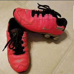 Girl's Size 1 Nike Shox